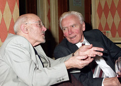 Two Old Friends (Glyn Fletcher Photographer) Tags: conversation oldfriends uk people stokenchurch bucks