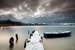 Traces de Gene (flo73400) Tags: lacdannecy boutdulac hautesavoie paysage landscape lake france le longexposure poselongue