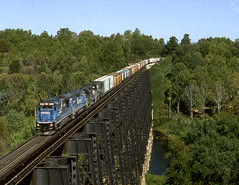 Lynchburg VA Sunday October 15th 1995 1305 EDT (Hoopy2342) Tags: train railroad railway rail bridge jamesriver lynchburg va virginia norfolksouthern