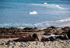 Comme un air de printemps (blogspfastatt (+4.000.000 views)) Tags: blogspfastatt pfastatt beach sea sand spring naked nude ass woman primavera frühling 春 весна wiosna bahar lente musimsemi ربيع