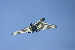 XH558 Avro Vulcan at Ayr (Scotavia Images) Tags: historic vulcan bomber avro royalairforce xh558 scottishirshow