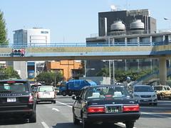 Space Invader TK_40 (tofz4u) Tags: street bridge streetart car japan tile tokyo traffic mosaic spaceinvader spaceinvaders voiture carrefour invader rue japon trafic mosaque artderue passerelle tk40