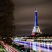 La tour Eiffel illuminée en bleu blanc rouge - Fluctuat nec Mergitur - Liberté, égalité, fraternité