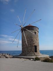 Molino de viento. Rodas. Grecia (escandio) Tags: grecia mandraki rodas 2015 isladerodas rodasciudad