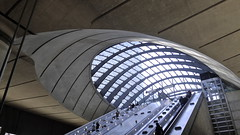 Canary wharf tube station, Docklands, London (Winfried Scheuer) Tags: escalator eye dome glas utopian space age futuristic hitech stainless concrete bond 007