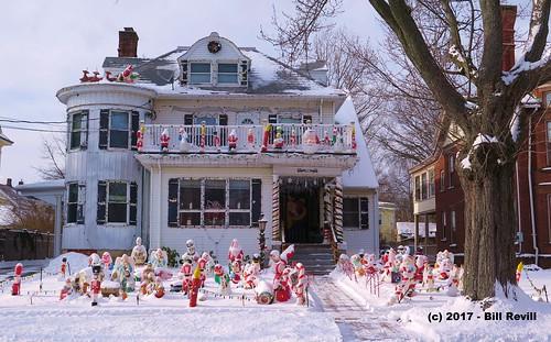 Last hurrah of the Christmas House