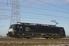 RRF 189 094-6 als losse locomotief over de Betuweroute bij Angeren in de richting van Valburg 15-01-2017 (marcelwijers) Tags: rrf 189 0946 als losse locomotief over de betuweroute bij angeren richting van valburg 15012017 mrce mitsui rail capital europe bv 9180 6189 ddispo class 189vj es 64 f4 994 siemens 21080 2005 eba 00a23b 055 boboel