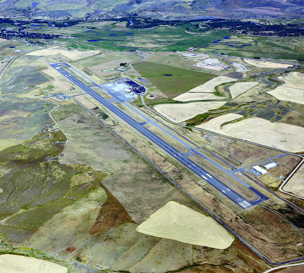Colorado Airport: The World's Best Photos Of Cdot