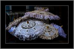 Spitzenschirme (lace umbrellas) (alfred.hausberger) Tags: burano schirme venedig