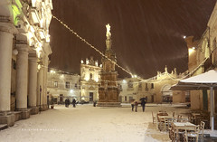 NEVE A PIAZZA SALANDRA (Aristide Mazzarella) Tags: nardò piazza salandra neve snow salento barocco baroque aristide mazzarella fotografo photographer puglia apulia lecce