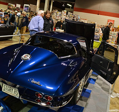 1964 Chevy Corvette Stingray (Chad Horwedel) Tags: 1964chevycorvettestingray chevycorvettestingray chevy chevrolet corvettestingray classic car blue musclecarcorvettecarshow rosemont illinois
