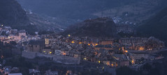 Brianon at dawn (Michel Couprie) Tags: city morning light mountain france alps architecture montagne alpes canon eos dawn town pov tripod 5d michel brianon ville matin vauban aube hautesalpes trpied couprie 5dmkiii