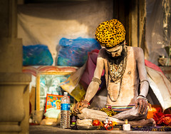 Meditation (Monojit Dey) Tags: india holy maharashtra meditation hindu hinduism sadhu naga nashik kumbhmela ramkund kumbh holydip sahisnan