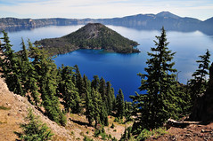 Wizard Island (J-Fish) Tags: lake oregon volcano nationalpark caldera craterlake wizardisland cindercone craterlakenationalpark d300s 1685mmf3556gvr 1685mmvr