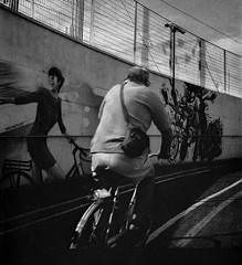 2015♥185 (ruggeroranzani_RR) Tags: white man black 6x6 film bicycle analog graffiti 120film rolleicordiv fomapan200 veneziamestre adoxadoluxadx xenar13575