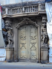 Milan The Tour Expert (52) (TheTourExpert) Tags: city italy milan cathedrals piazzadellascala capitalcities europeancities