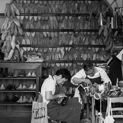 Tailor-made (GaRiTsanG) Tags: bw italy canon florence blackwhite shoemaker 40d