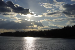 (MartMart1413) Tags: sky cloud water gua clouds landscape agua eau wasser nuvole glare nuvola outdoor himmel wolke wolken paisaje paisagem cielo nubes nuage nuages nuvem   acqua landschaft  paesaggio   brilho    allaperto   enpleinair blouissement imfreien    blendung alairelibre  aoarlivre