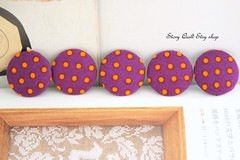 retro violet purple and orange pin dot fabric covered buttons (STORY QUILT) Tags: orange classic bag 1 inch pin dress purple buttons violet dot retro clothes fabric purse covered 25mm