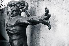 Warrior (pbradyinct) Tags: sculpture statue museum soldier washingtondc smithsonian blackwhite war gallery hand arm sword warrior hirshhorn