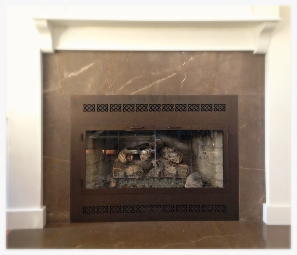 Design Specialties ZC Deluxe Fireplace Glass Doors. Chattanooga, Tn.