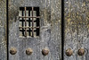 Llamé, pero no había nadie al otro lado (Ignacio M. Jiménez) Tags: puerta door madera wood decay vejez hierro iron ubeda jaen andalucia andalusia españa spain ignaciomjiménez matchpointwinner mpt519