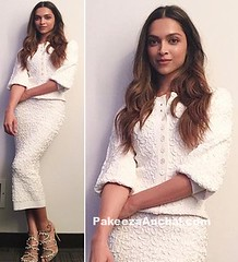 Deepika Padukone in Michael Kors White outfit (shaf_prince) Tags: actressinskirts actressinwhitedresses bollywoodactress bollywooddesignerdresses celebritydresses deepikapadukone designerwear fullsleeveddresses