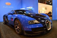 Bugatti Veyron Grand Sport Vitesse (Monde-Auto Passion Photos) Tags: auto automobile voiture vehicule bugatti veyron grand sport vitesse record bleu supercar sportive puissance france paris evenement retromobile
