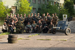 150829-18-28-04-- (chaotenimsondereinsatz) Tags: portrait people trooper game germany soldier army deutschland war uniform gun fighter im action outdoor games krieg menschen weapon soldiers warrior guns cis weapons soldat wargames soldaten armee personen airsoft waffe truppe softair chaoten waffen kmpfer sondereinsatz chaotenimsondereinsatz