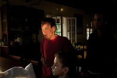 (iLana Bar) Tags: luz familia casa cotidiano criança lar cor interno familiar intimidade sindromededown