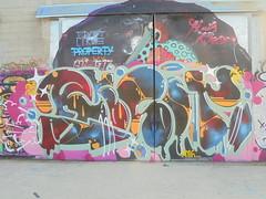325 (en-ri) Tags: reser rosso blu 2016 torino wall muro graffiti writing parco dora arrow