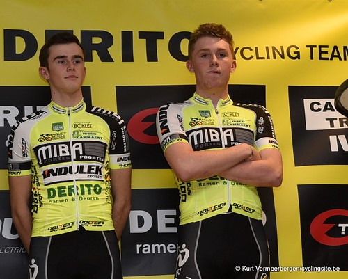 Baguet-Miba-Indulek-Derito Cycling team (28)