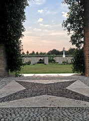 Moro River Canadian War Cemetery. (LucaBertolotti) Tags: abruzzo trabocchi cimitero cemetery ortona sandonato sunset tramonto clouds italia italy world ww2 wwii