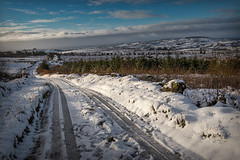Winding through the snow (Alan10eden) Tags: winter morning ice slippery snow cold january road winding alanhopps hills canon 80d sigma 1770mm landscape ulster northernireland newtownhamilton countyarmagh fields drifts untreated notgritted slide slip skid narrow