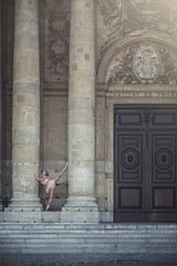 (dimitryroulland) Tags: nikon d600 85mm 18 dimitry roulland dance dancer ballet ballerina flexible people flexibility door architecture architectural paris france urban street city natural light