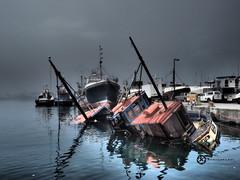 Hout Bay Harbor (Jan-Krux Photography) Tags: houtbayharbor trawler constantiaberg wreck dark dunkel hafen schiffe boote ships boat olympus em1mkii omd south africa suedafrika western cape westkap hout bay reflexion water wasser explore inexplore