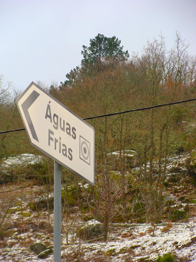 """Águas Frias (Chaves)- ... e a """"pequena mas bela aldeia flaviense"""" fica à esquerda ..."""