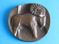 Aries (sticknobills) Tags: modernist brutalist cast bronze midcentury modern zodiac wall plaque aries 1950s fifties stylized ram