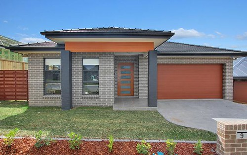 9 Lunar Place, Campbelltown NSW 2560