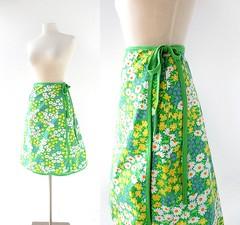 1970s Blumenfeld floral print wrap skirt (Small Earth Vintage) Tags: smallearthvintage vintagefashion vintageclothing skirt wrapskirt 1970s 70s floralprint green