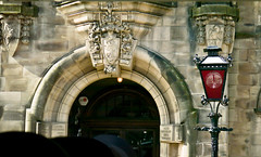 photo - Architectural Detail, Stirling (Jassy-50) Tags: door greatbritain lamp architecture scotland photo streetlight arch architecturaldetail streetlamp stirling lowlands lamppost redlamp