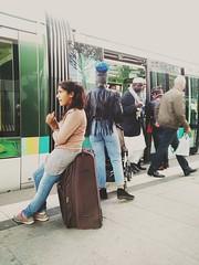Quais de mtro. (srakotomaniraka) Tags: france mtro passager couleur parisfrance quais regionparisienne