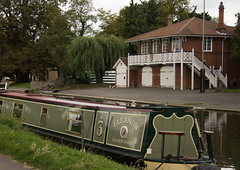 Narrow boat and Boathouse River Cam (Beth Hartle Photographs2013) Tags: cambridge river lock cam weir rivercam boathouses narrowboats