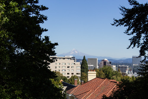 "Mount Hood • <a style=""font-size:0.8em;"" href=""http://www.flickr.com/photos/66187673@N07/21897845661/"" target=""_blank"">View on Flickr</a>"