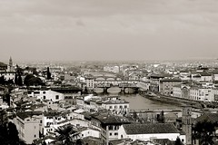 VIEW OF PONTE VECCHIO AND ARNO RIVER FROM PIAZZALE MICHELANGELO, FLORENCE, ITALY. (SETIANI LEON) Tags: voyage from travel italien bridge blackandwhite italy white black monochrome canon river photography eos photo florence reflex italian flickr italia noir photographer photographie view place noiretblanc ange ponte national journey tuscany 7d pont and firenze angelo arno dslr michel michelangelo toscane et piazzale blanc italie geographic italians nationalgeographic vecchio whiteandblack michelange blancetnoir italienne exterieur italiens tuscanyitaly of flickraward flickrunitedaward flickrtravelaward