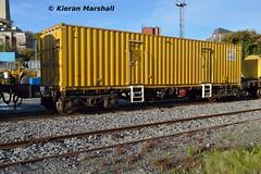 30245 at Heuston, 31/10/15 (hurricanemk1c) Tags: dublin irish train rail railway trains railways irishrail pwd heuston 2015 sperry iarnród 30245 éireann iarnródéireann sperryultrasonictesttrain 996095607916
