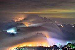 ~頂石棹琉璃雲瀑~   Colored glass light (Shang-fu Dai) Tags: sunset clouds landscape waterfall nikon taiwan formosa 台灣 阿里山 alishan d800 嘉義 雲海 番路 雲瀑 夕彩 afs24120mmf4 頂石棹 coloredglasslight liulilazurite