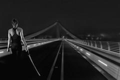 I'm back (Trumfa) Tags: bridge portrait girl puente blackwhite chica retrato sword pont katana noia espada blanconegro retrat espasa blancnegre