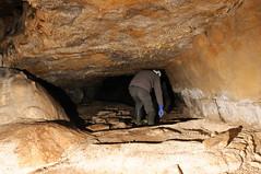 Secours spéléo - progression à la recherche des disparus (speleophoto) Tags: spéléologie secourisme spéléosecours ffs tarn penne grottedestroiscloches grottedelapyramide