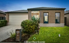6 Fleuve Rise, Clyde North VIC